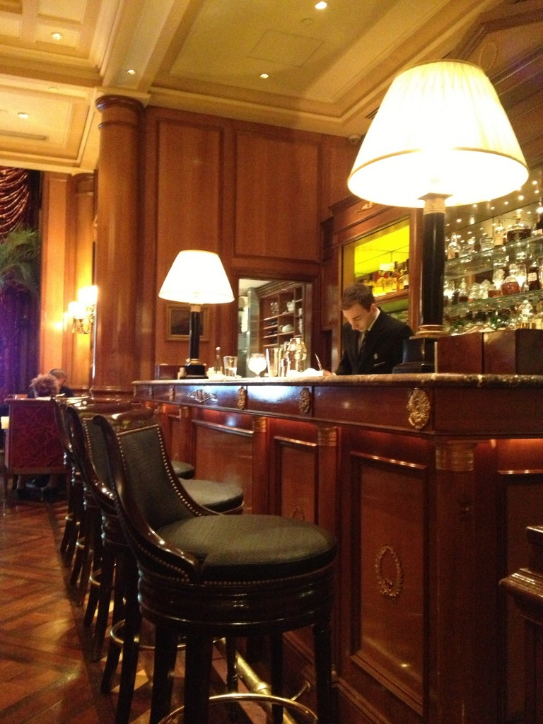 The bar at The George V