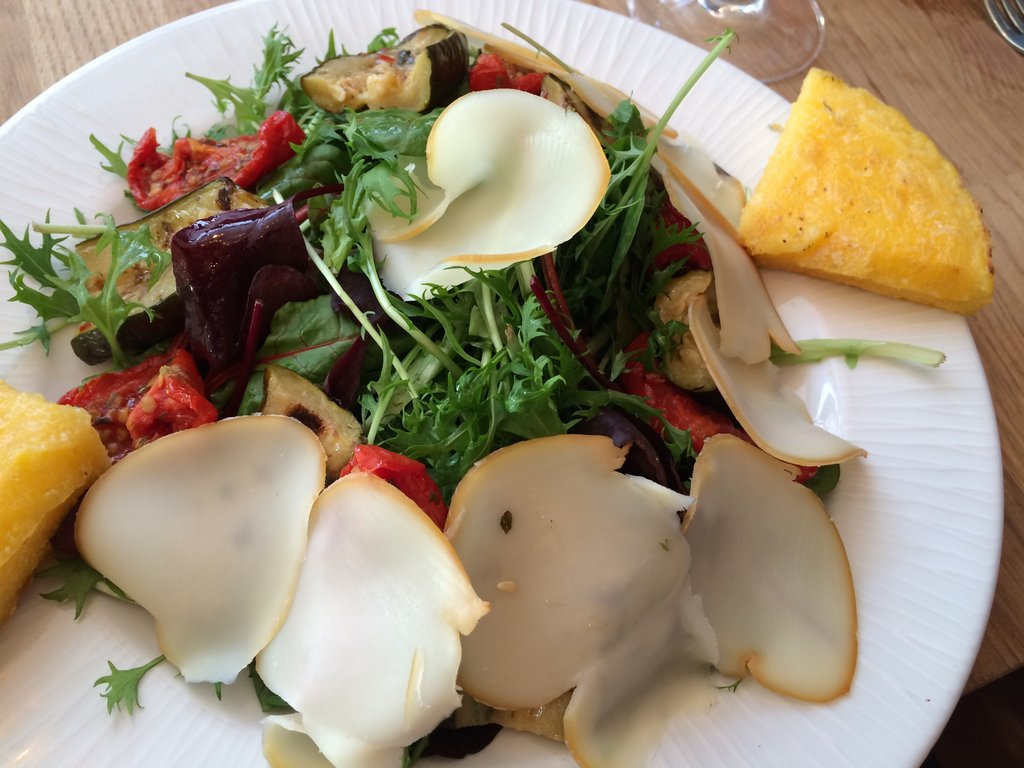 Scamorza  cheese salad at La Polenteria